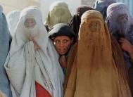 santiago-lyon-ap-afghanistan-women-