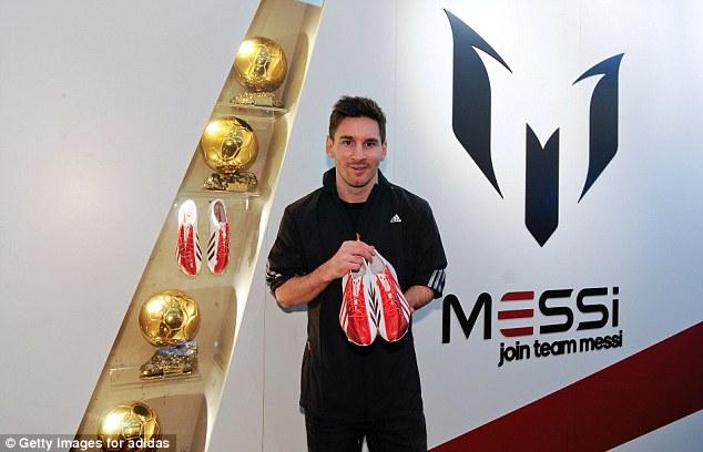 Lionel Messi Gana $1.4 MILLONES POR SEMANA, Convirtiéndolo En El Futbolista Mejor Pagado Del Mundo | Lista De Los 20 Mejores Pagados Por France Football
