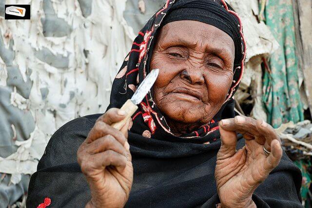 Nigeria prohíbe la ablación del clítoris a las niñas –