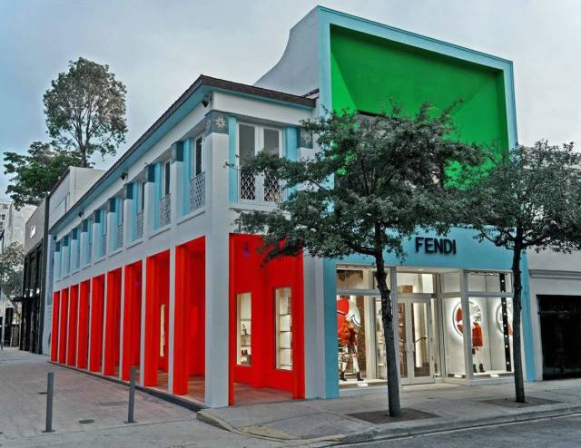 Fendi Abre Nueva Tienda En Design District de Miami, Florida | MEGA RICOS
