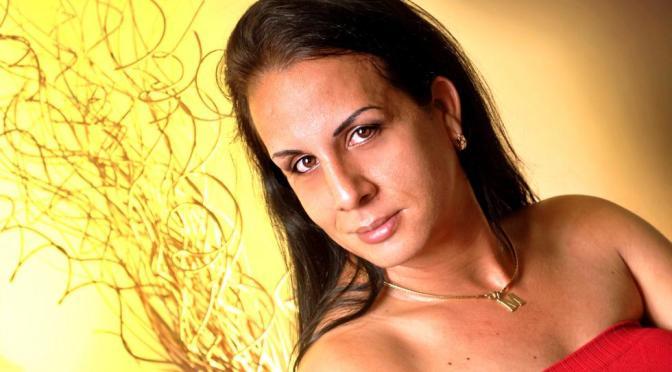 Operaciones ilegales por un par de senos en Cuba | el TOQUE