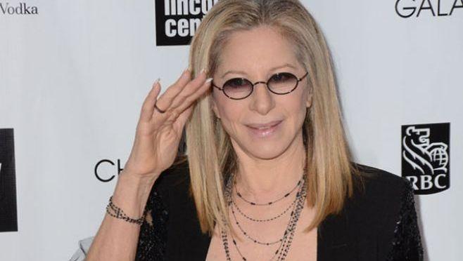 Barbra Streisand lanzó nuevo disco junto a varios famosos