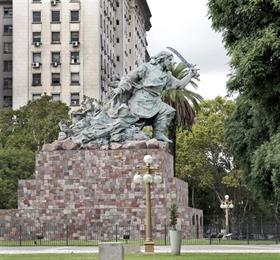 El monumento de Juana Azurduy, una iniciativa de la ex presidenta Cristina Kirchner