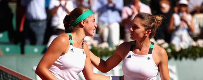 Simona Halep y Jelena Ostapenko, sucampeona y campeona de Roland Garros