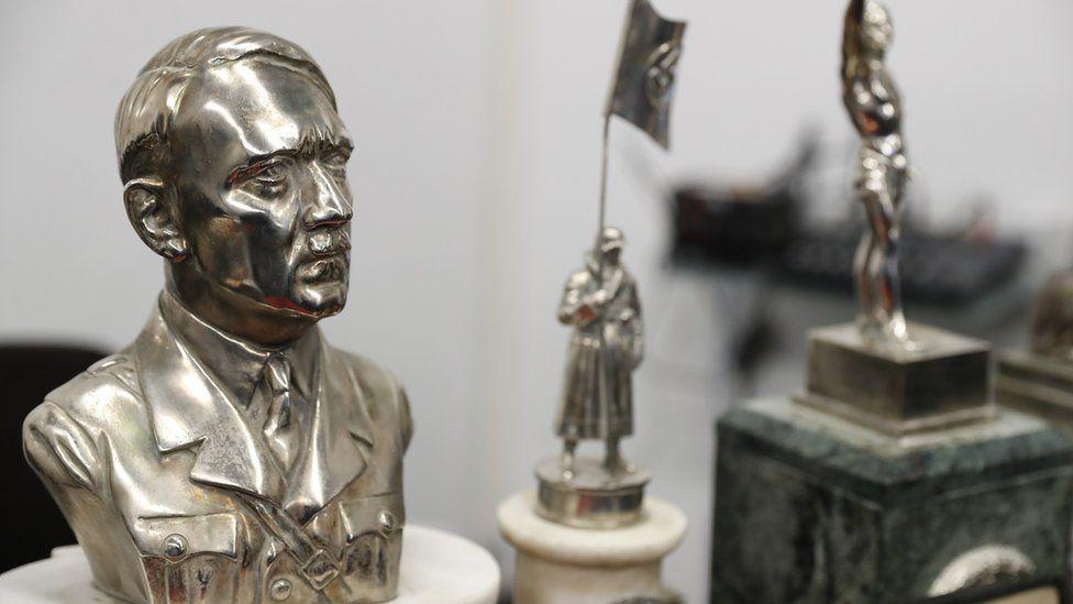 Busto de Adolfo Hitler