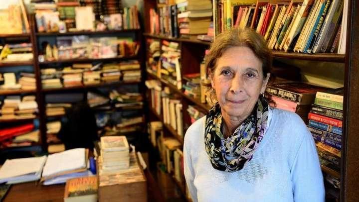 Una librería donde los textos se venden, alquilan o regalan