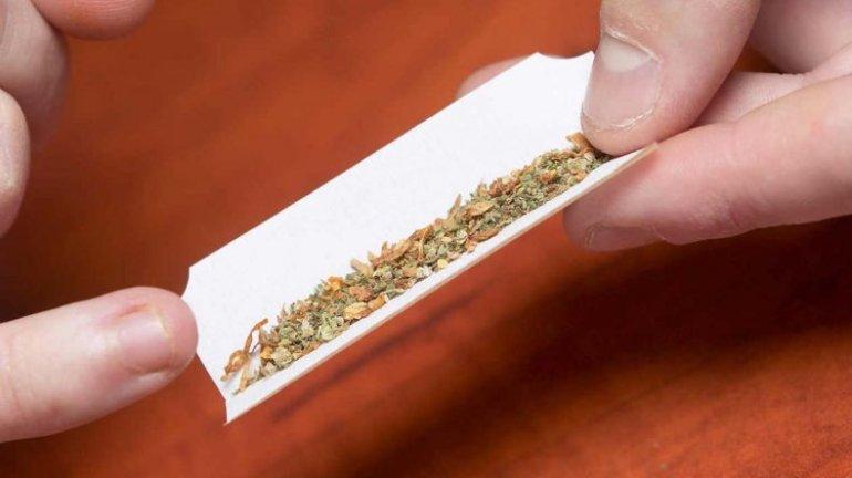 Hay cerca de 5.000 inscriptos en el registro para comprar marihuana en las dieciséis farmacias habilitadas.