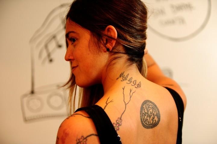 Mi tatuaje me condena: crecieron 40% los pedidos para taparlos o borrarlos