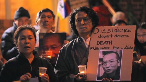 El disidente chino Liu Xiaobo, en las últimas horas de su cáncer terminal
