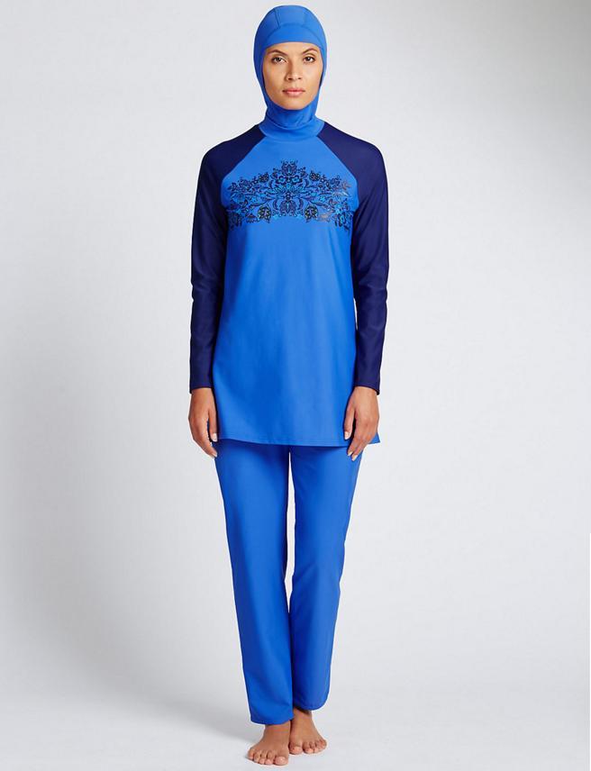 Algunos burkinis están hechos de un vestido de tejido similar al de los bañadores