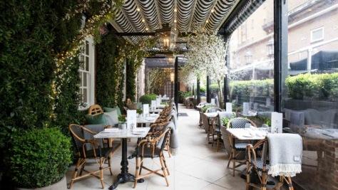 imagen 1 de Nos citamos con Virginia Woolf en Dalloway Terrace a la hora del té con champagne.
