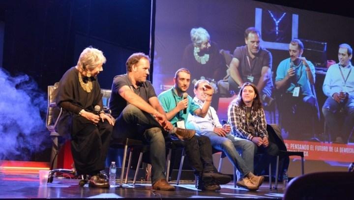 Con más de 2.000 participantes, arrancó la cumbre hacker en Buenos Aires