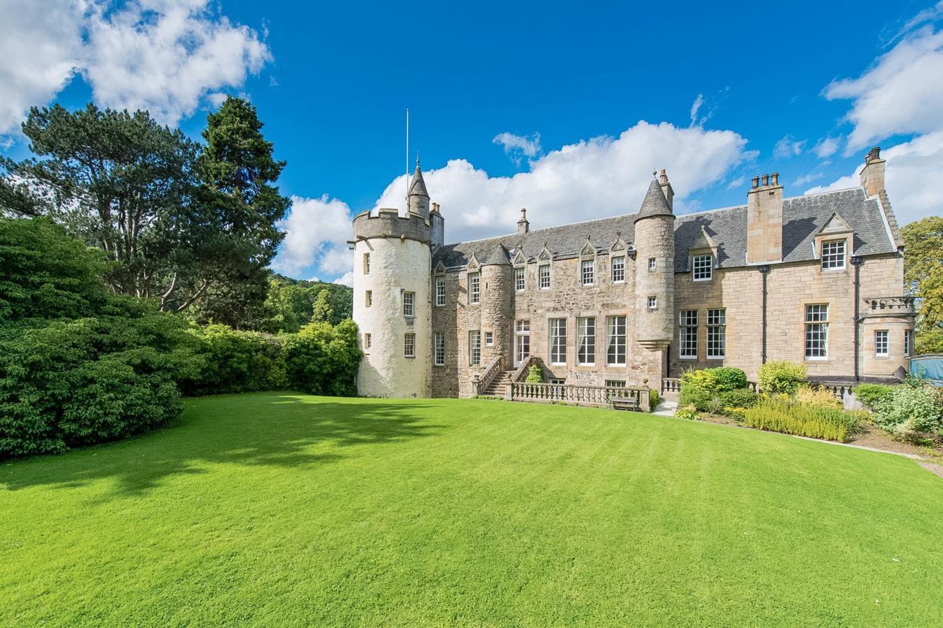 Castillos en venta para una vida de cuento