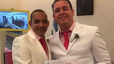 Dos cubanos se casan en Argentina, donde el matrimonio gay sí es legal