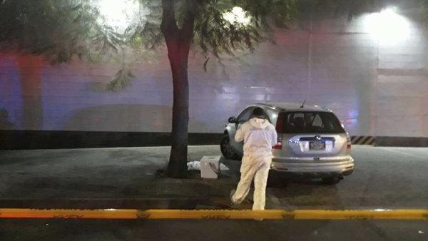 Narcos mexicanos dejaron dos cabezas humanas frente a una sede de Televisa junto con una amenaza