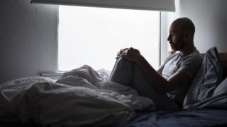 La soledad, un mal contemporáneo mundial que en Reino Unido ahora es asunto de Estado