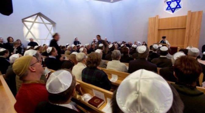 Recomiendan a los judíos de Alemania no llevar kipá para evitar ataques