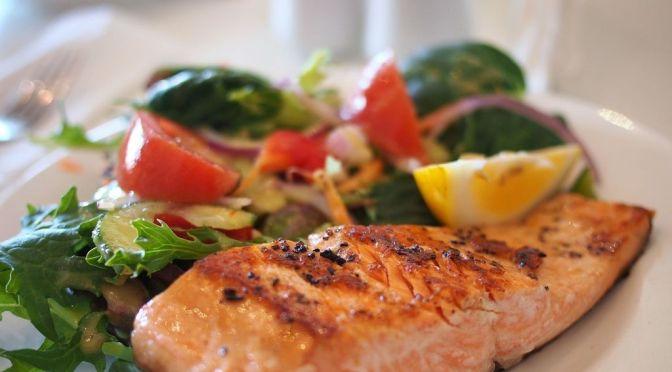 Estas son las veces que debes comer pescado a la semana (a pesar del mercurio)