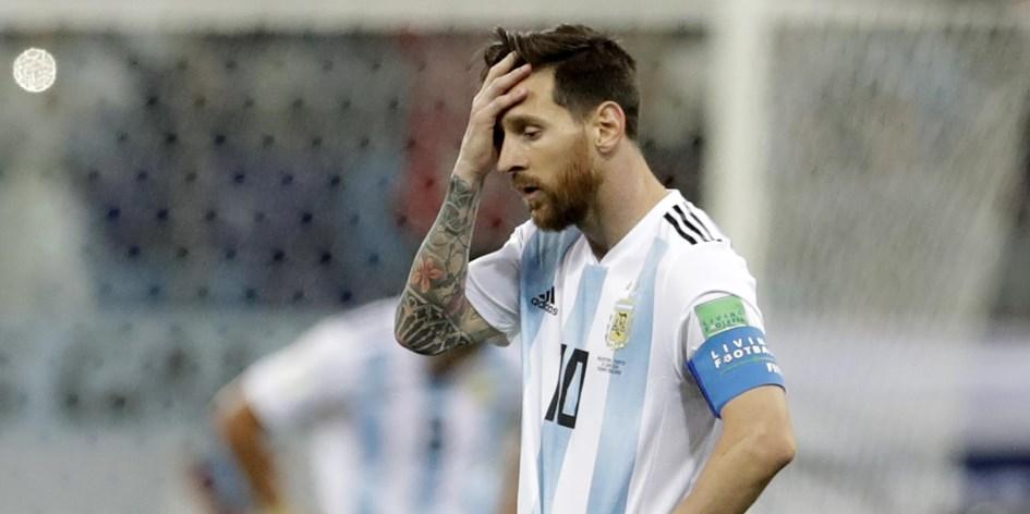 La improvisación dejó a la Argentina al borde del abismo
