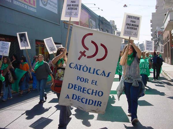 Incoherencias I: Católicas por el derecho a decidir