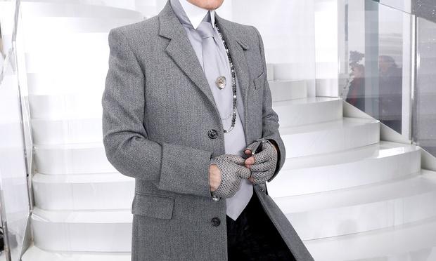 Muere Karl Lagerfeld en París