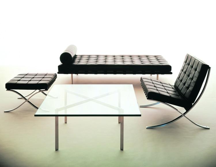 Mies van der Rohe. Linea Barcelona (sillón, banqueta, diván, mesa)