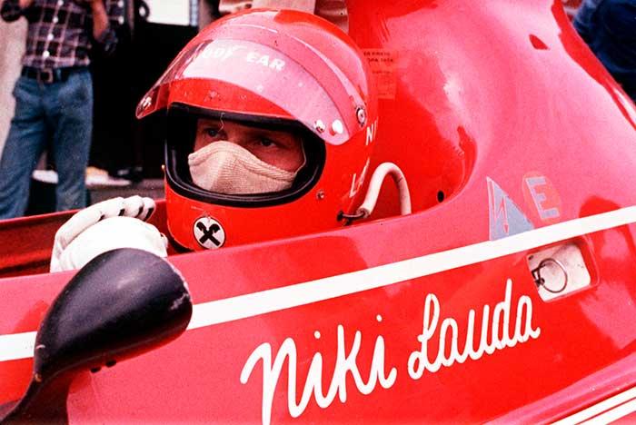La conmovedora historia de Niki Lauda, el tricampeón mundial a quien su mujer salvó la vida