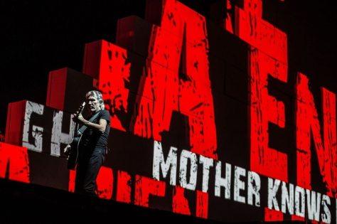 Roger Waters, en el Wembley Arena de Londres, durante una puesta de The Wall, en 2013 (Shutterstock)