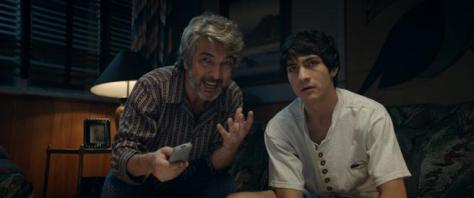 Ricardo y Chino Darín en un fotograma de 'La odisea de los giles', primera película donde actúan juntos.