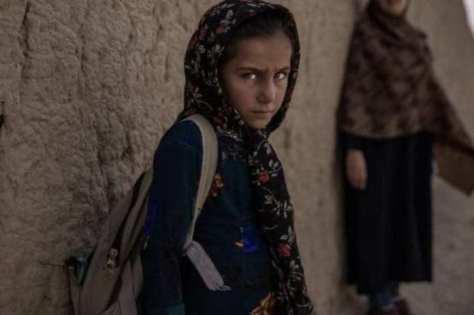 Save the Children: niñas de la guerra