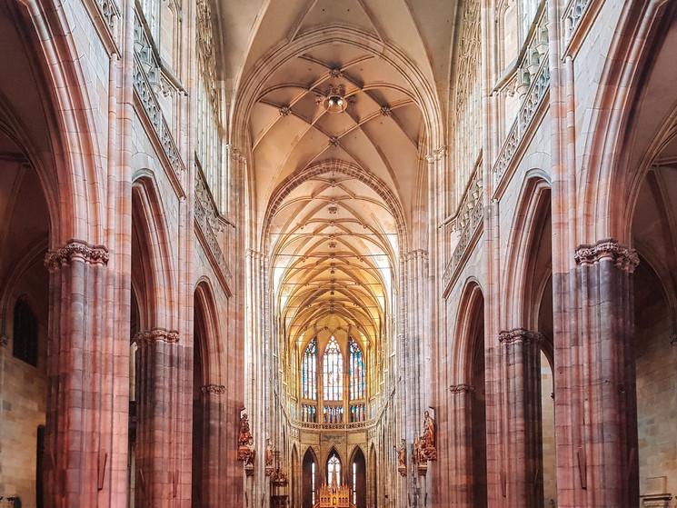 Interior de la catedral de San VIto, castillo de Praga.