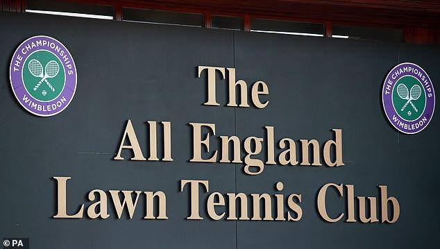 Los jefes del All England Club tomaron la decisión en una reunión de emergencia el miércoles