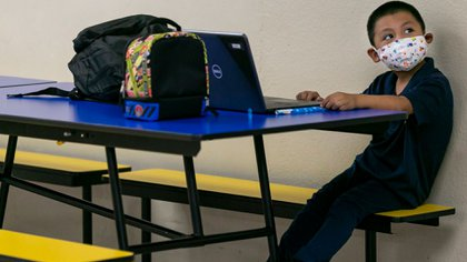 Sarai Machic, de 8 años, en su clase en la Miami Community Charter School.  (Reuters)