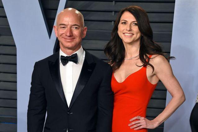 MacKenzie Scott, la exesposa de Jeff Bezos que sacude por completo al mundo  de la filantropía - LA NACION