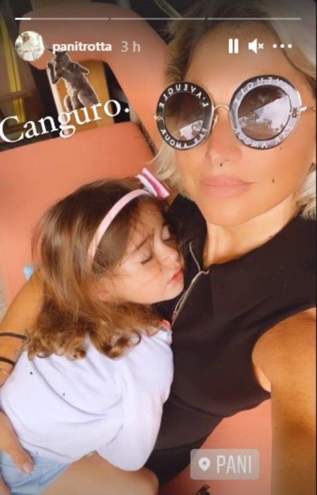 Pani Trotta y su hija instantes antes de los disparos en el Aventura Mall.