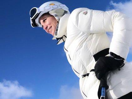 Anita es una gran esquiadora y deportista