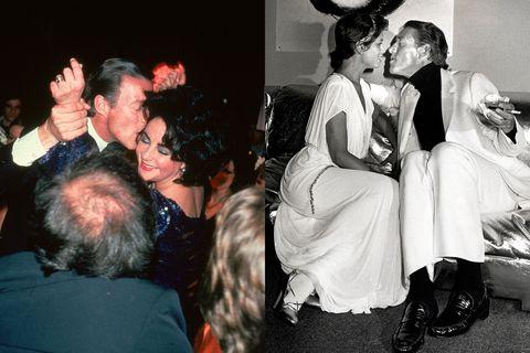 a la izquierda, halston besa a elizabeth taylor en studio 54 a la izquierda, hace lo propio con otra amiga íntima, bianca jagger