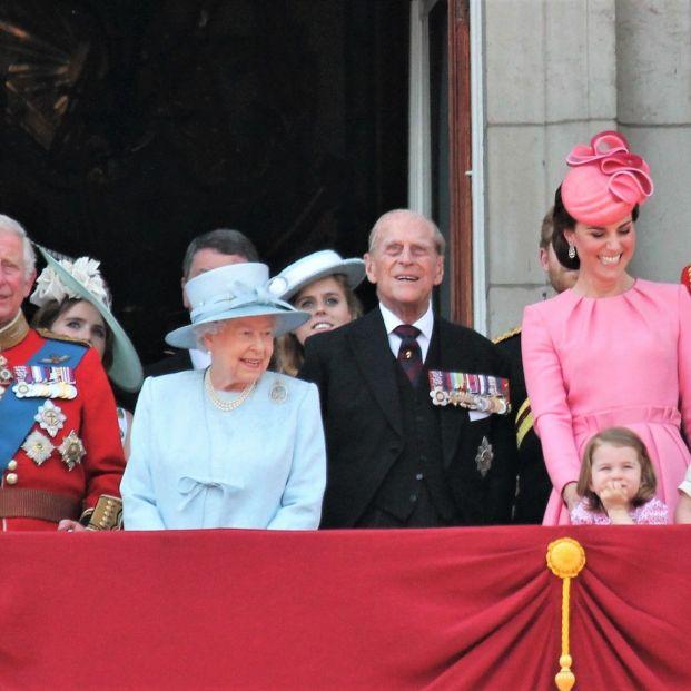 La familia real británica en el cumpleaños de la Reina Isabel (Foto: Bigstock)